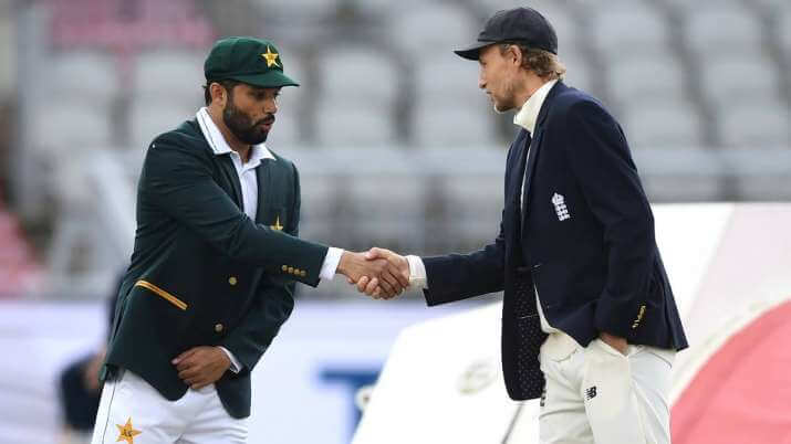 Azhar Ali after winning the toss inadvertently shook hands with Joe Root in 1st Test of Eng vs Pak