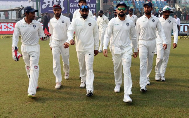 Sri Lanka all our for 373, trail India by 163 runs