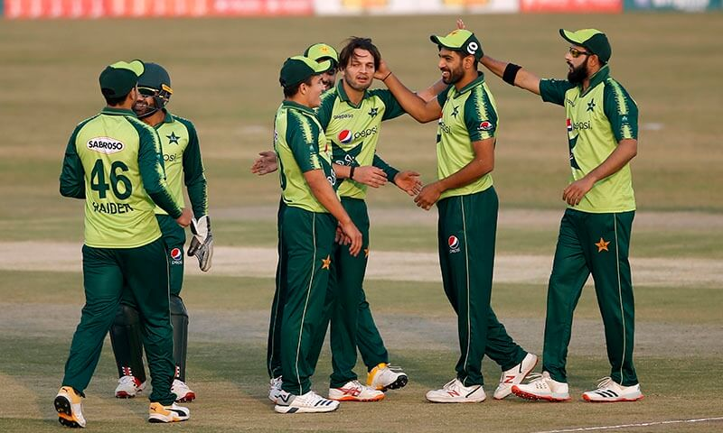 pakistanbeatzimbabweby8wicketsin3rdt20itowintheseries30