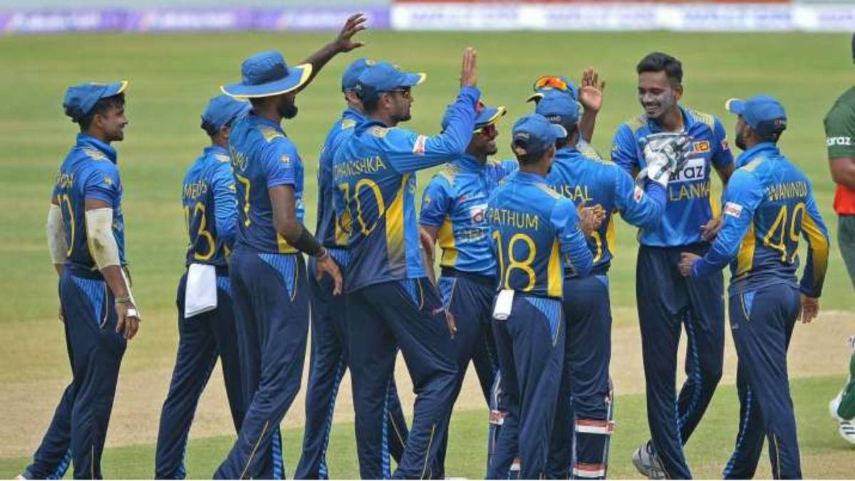 Sri Lanka cricketers agree to tour England without contracts