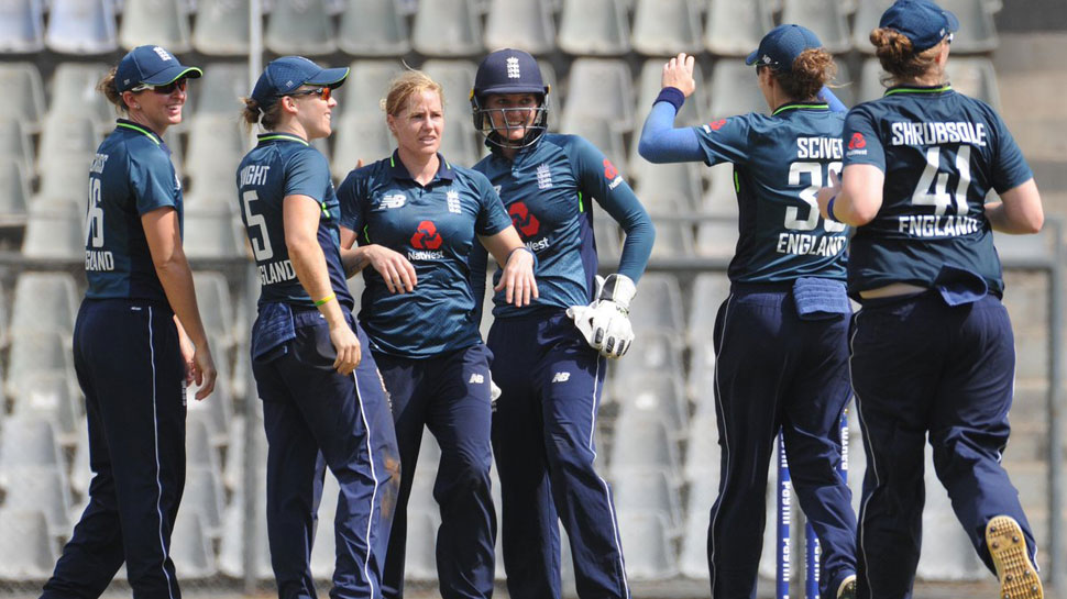 England women beat India by two wickets in 3rd ODI in Mumbai