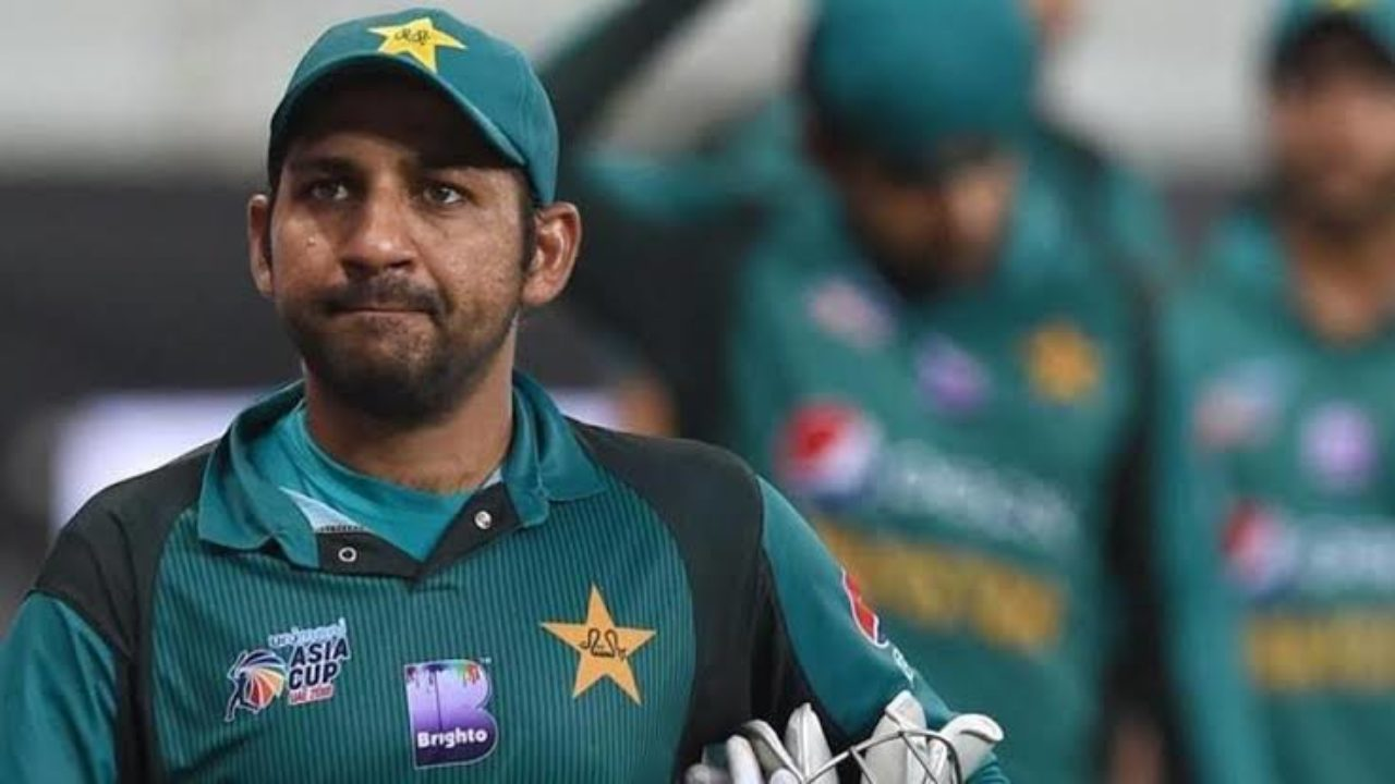 Sarfaraz should be removed from Test captaincy, feels Afridi, Zaheer