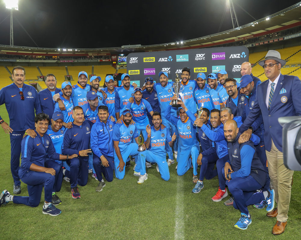 India beat New Zealand by 35 runs in the fifth ODI in Wellington