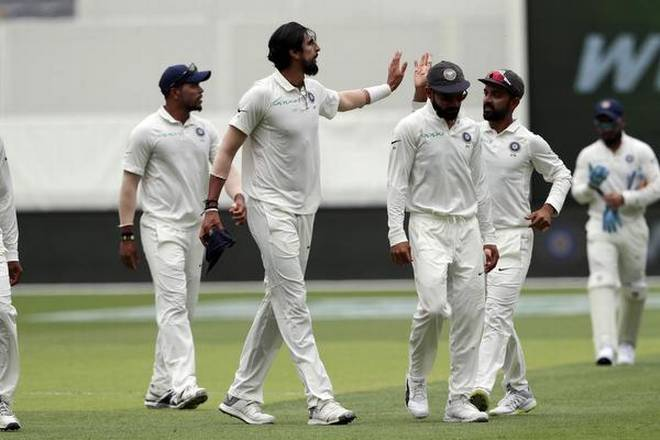 2nd Test: Australia all out for 326 runs against India