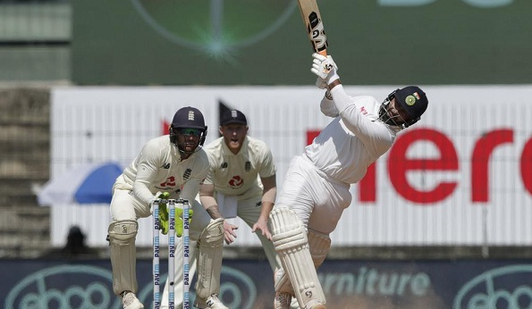 4th Test Match: India 294/7 in first innings against England at stumps