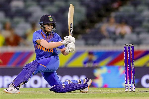 Shafali Verma drops a spot to 2nd in the ICC Women