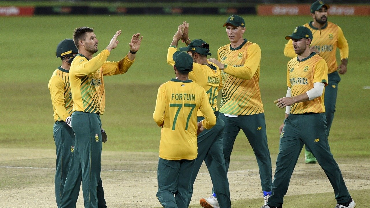 South Africa crushes Sri Lanka by nine wickets in 2nd T20I in Colombo