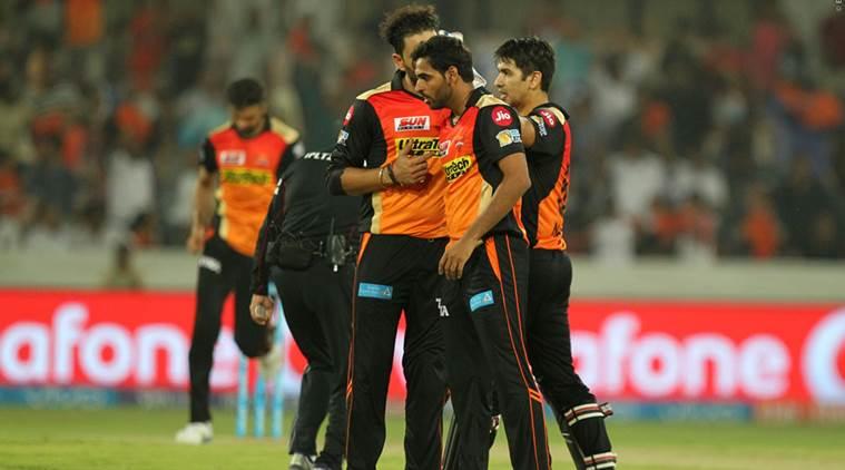 Sunrisers Hyderabad beat Kings XI Punjab by five runs in IPL 10