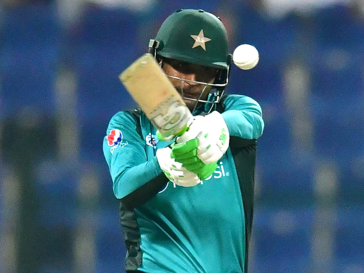 Pakistan cruise to a six-wicket victory against New Zealand in 2nd ODI in Abu Dhabi