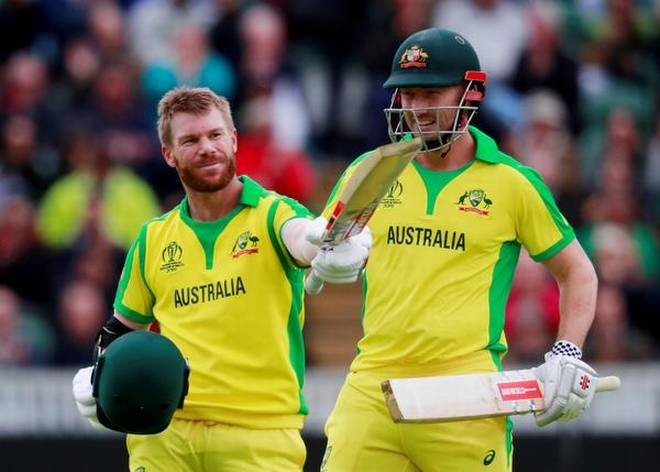 Warner century helps Australia to win against Pakistan in ICC World Cup