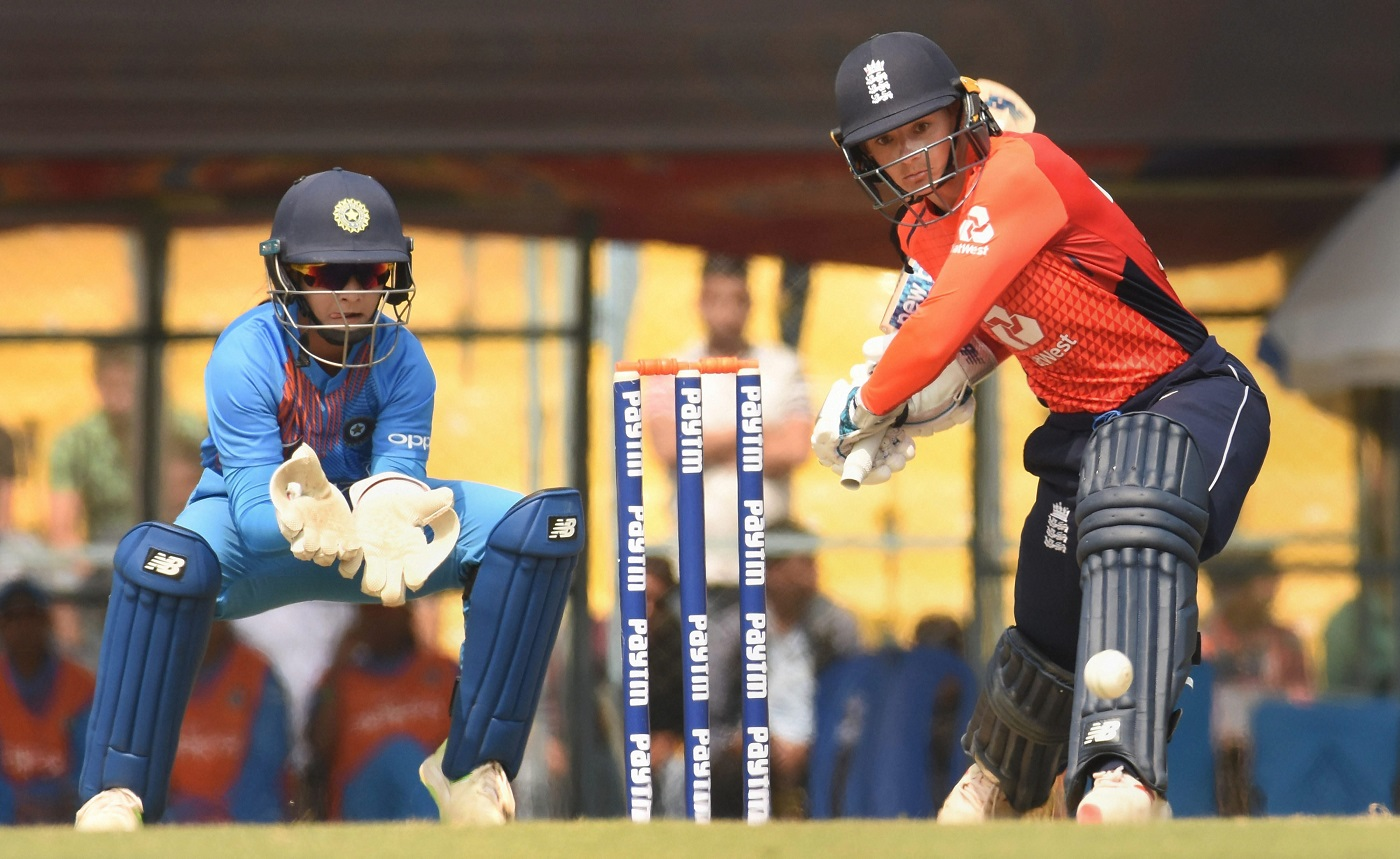 England women beat India by 5 wickets in second T20 at Guwahati