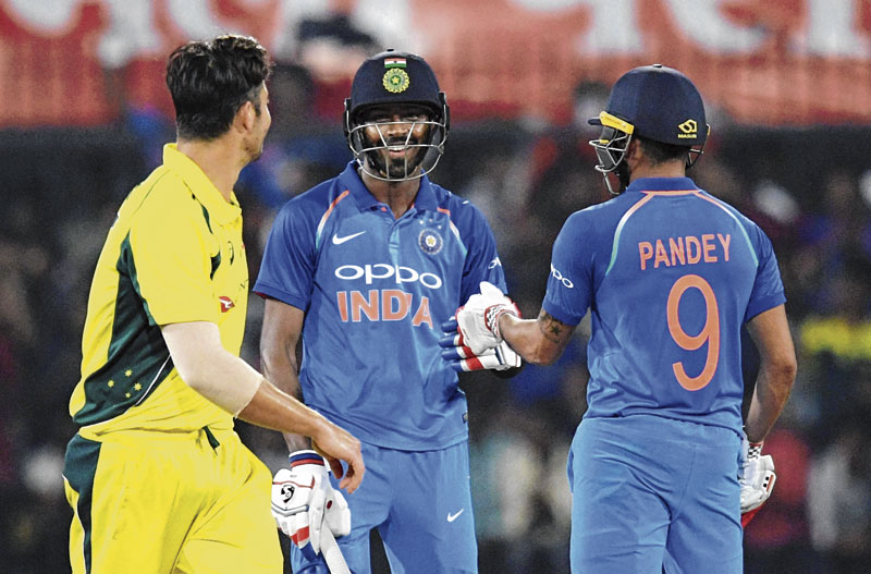 India beat Australia by 5 wickets to clinch ODI series