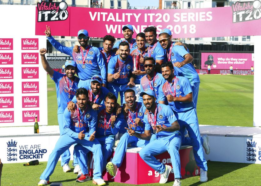 India beat England by 7 wickets in 3rd T20 to clinch series 2-1