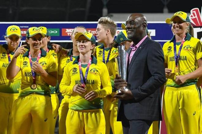 Australia lift Women