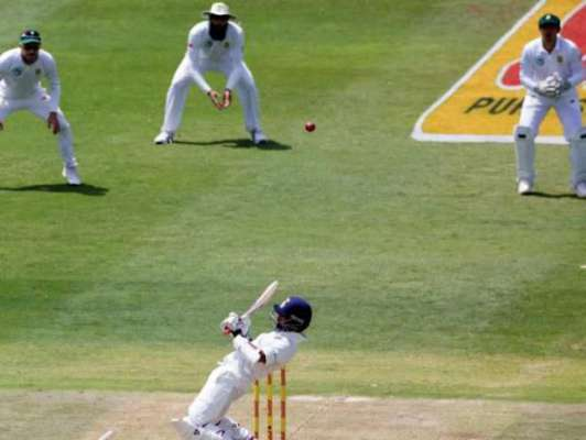 SA vs Ind ,3rd test : Uneven pitch leaves Test match in doubt with India on top