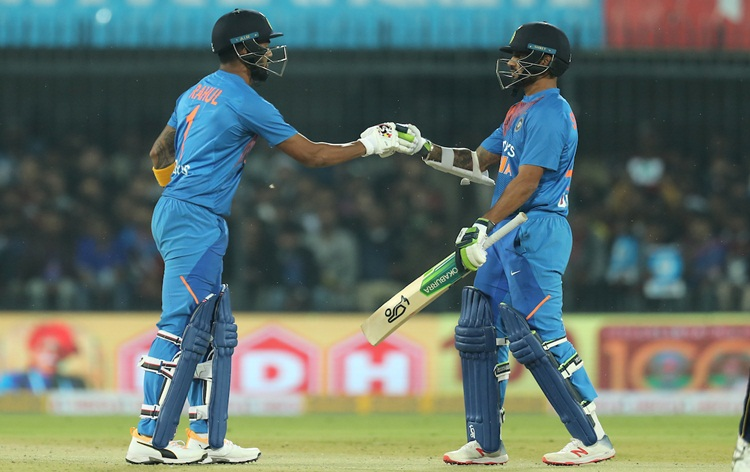 India beat Sri Lanka by seven wickets in 2nd T20I at Indore