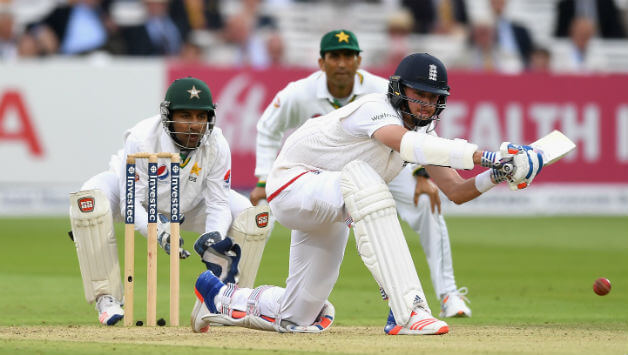 England defeated Pakistan by 3 wickets in Manchester despite conceding a 107-run first innings lead