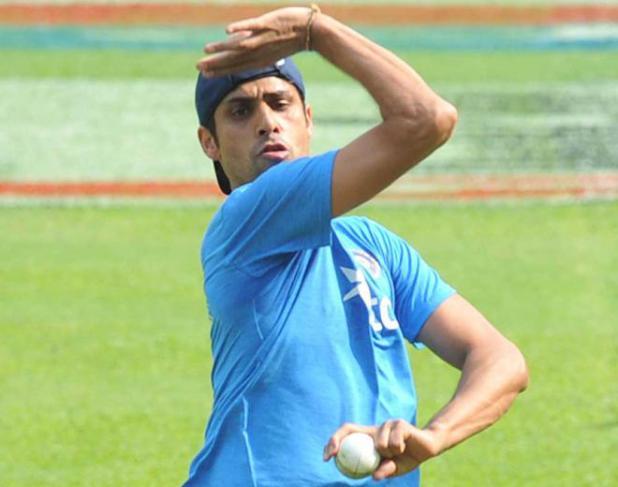 Nehra makes comeback, Ashwin, Jadeja ignored for T20 series against Australia
