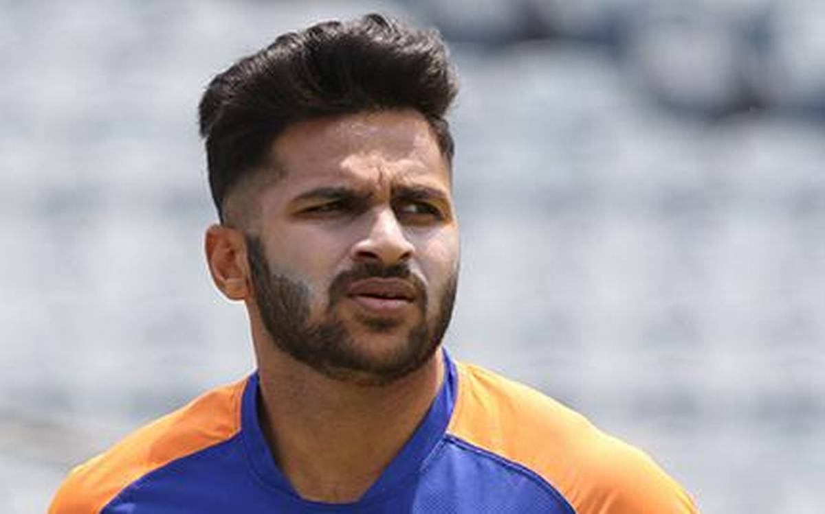 Shardul Thakur replaces Axar Patel in India