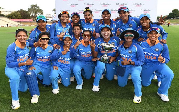India women clinch 3-match ODI series against New Zealand