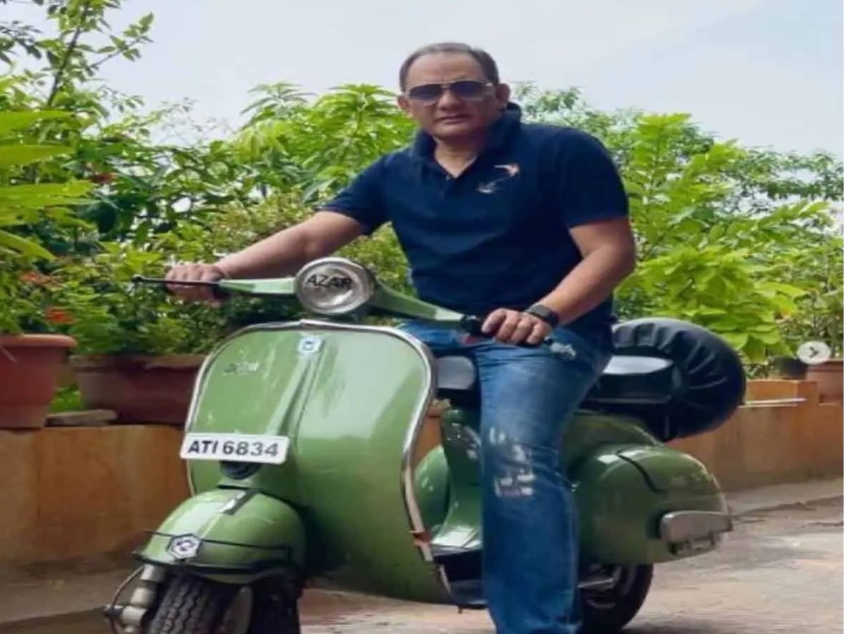 Azhar posts photos of old scooter, presented by die hard fan