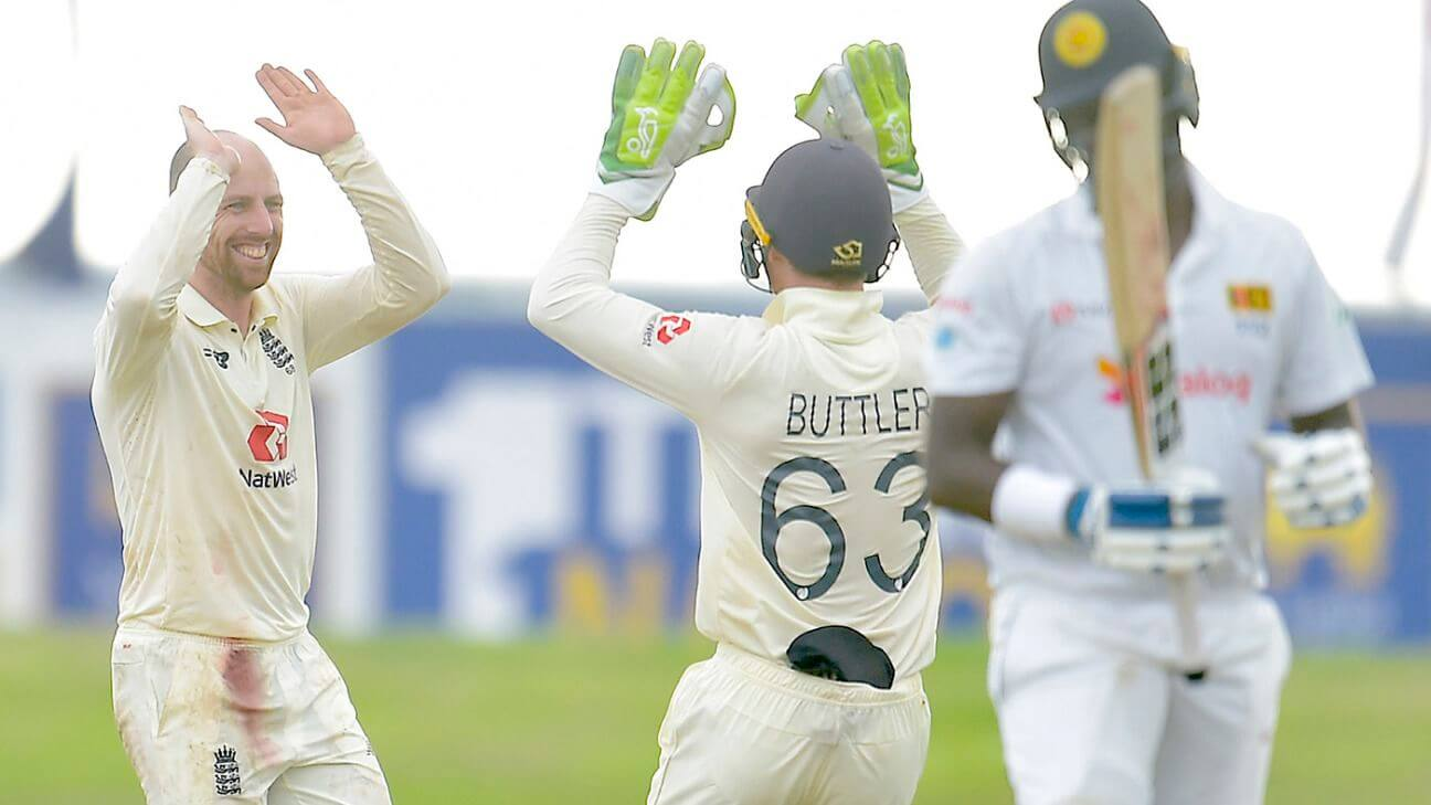 SL vs ENG: Sri Lanka take 3 early wickets but England 36 runs away from victory