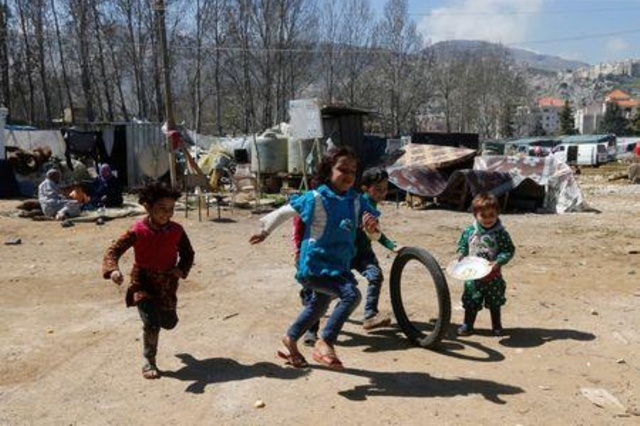 Lebanon tells Syria development law could hinder refugees return