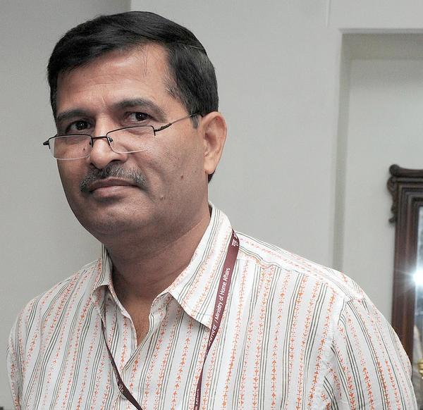 Ashwani Lohani calls out Indigo over passenger