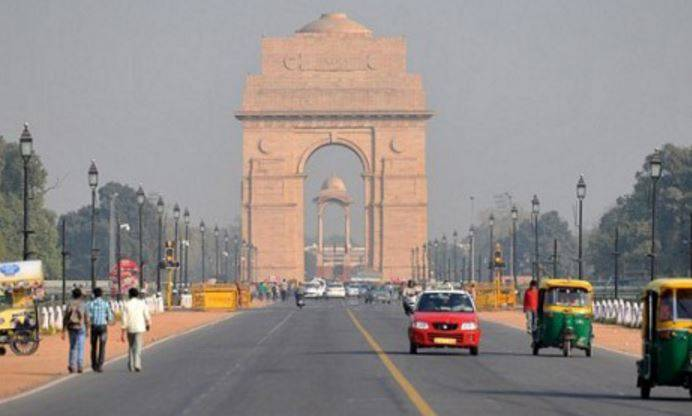 Delhiites breathe clear air with strong winds washing away dust