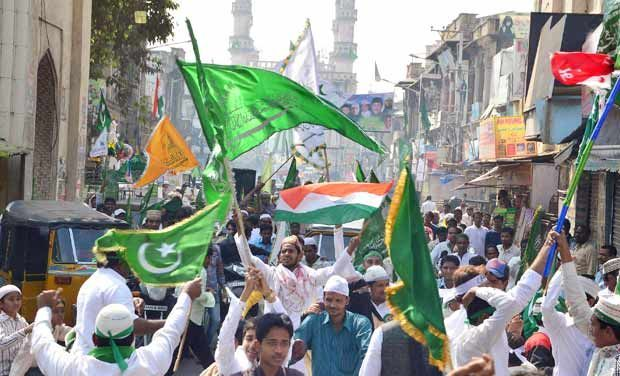 Milad-un-Nabi celebrates with religious zeal and fervour in Hyderabad