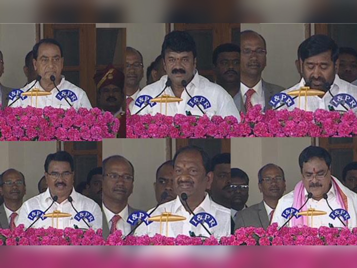 KCR inducts 10 Ministers into Cabinet