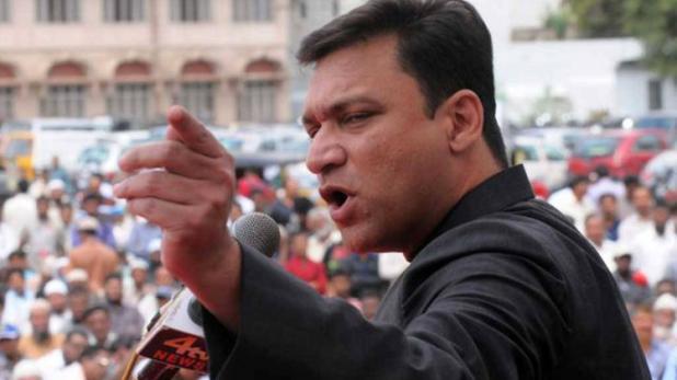 Akbaruddin Owaisi slams BJP failures, calls Modi a chaiwala