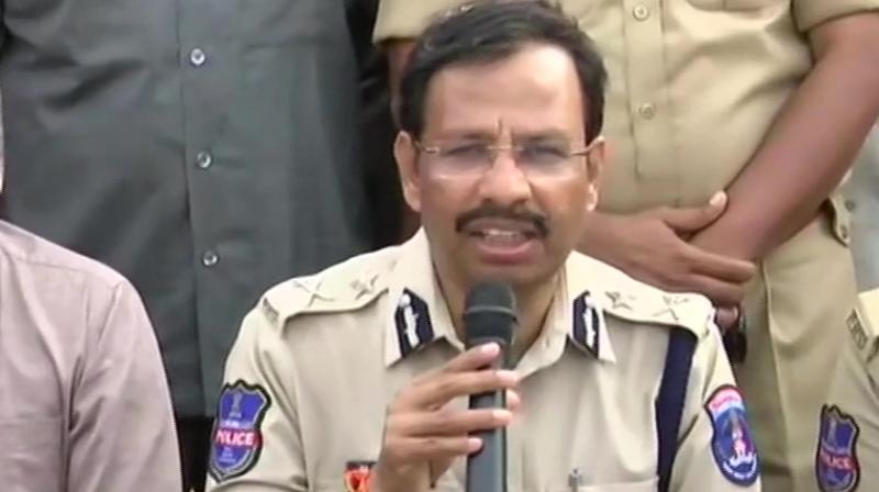 Suspects snatched guns, forced cops to fire, says Cyberabad Police Commissioner