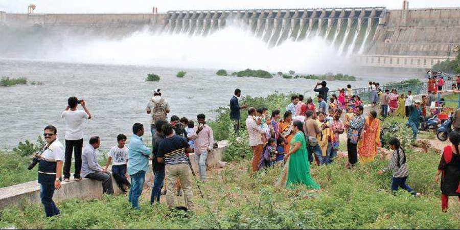 Nagarjunasagar sees heavy rush