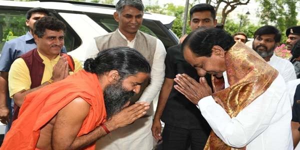 Baba Ramdev meets CM KCR
