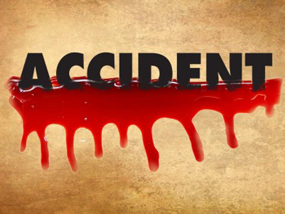 9 people killed in road accident in Nalgonda district