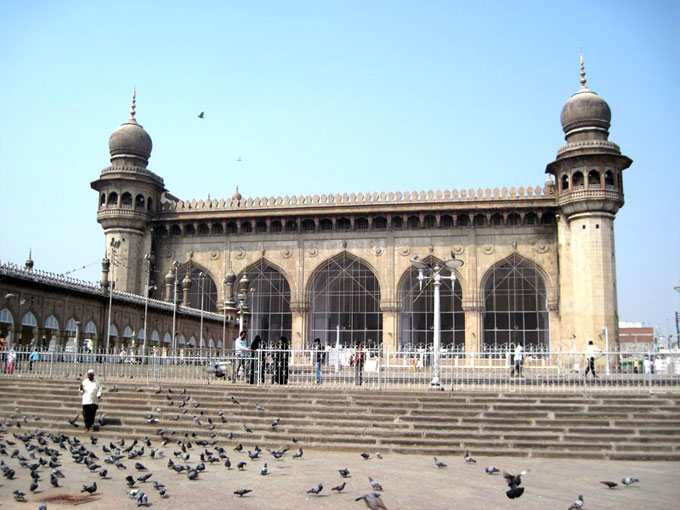 10th anniversary of Mecca Masjid blast passes off peacefully