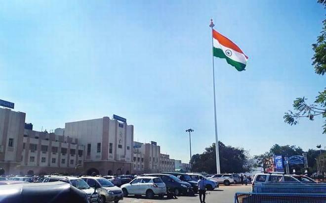 Secunderabad station hoists national flag on high mast