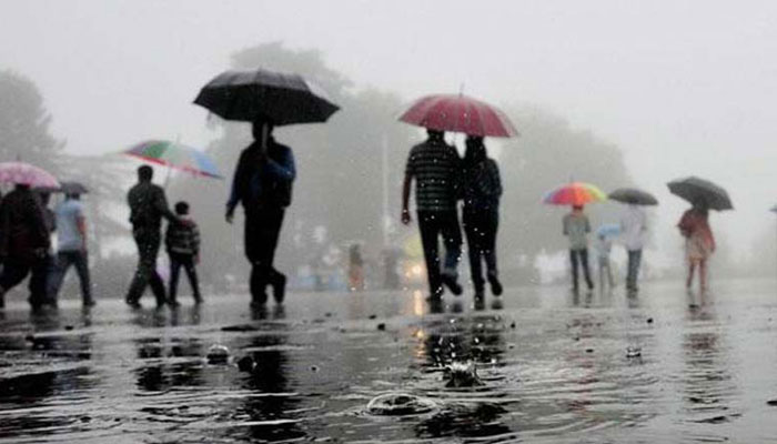 Heavy rainfall predicts in Telangana
