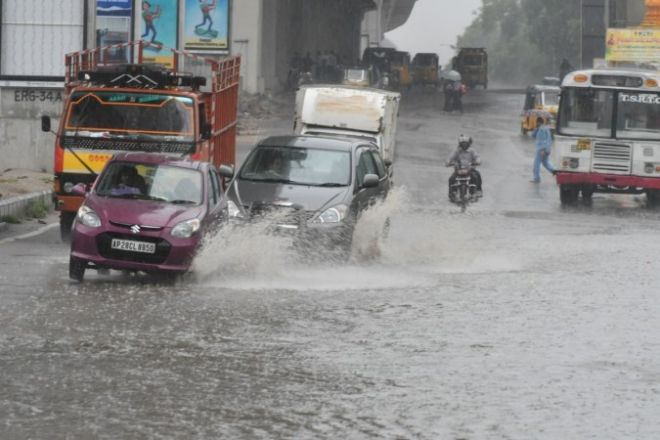 Hyderabad receives light showers on Wednesday