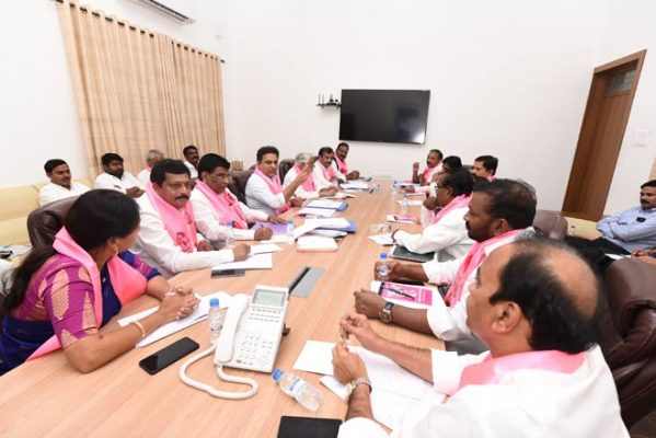 TRS MPs to counter Opposition claims on RTC stir