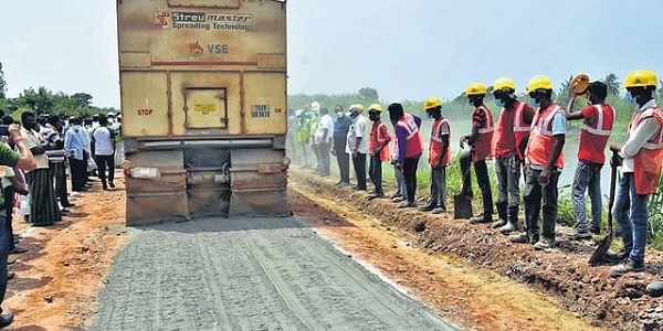 Hyderabad-based firm gives demo for eco-friendly road in Andhra Pradesh