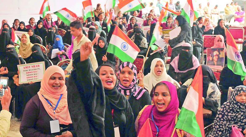 womenprotestersgatherstoprotestagainstcaa