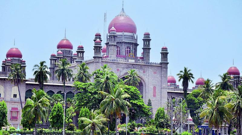 High Court asks officials to file counter on Hussain Sagar encroachments