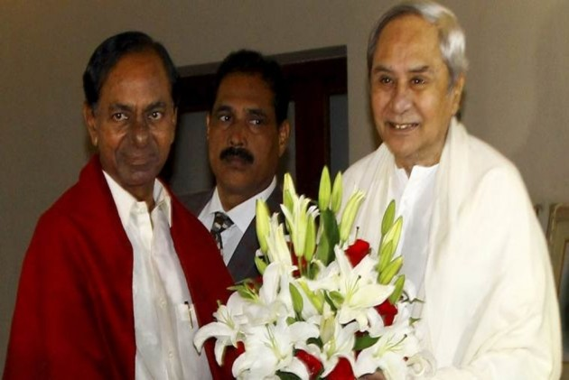 KCR, Naveen for unification of regional parties