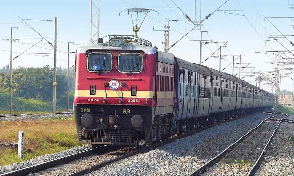 SCR runs special trains to MGR Chennai Central - Secunderabad