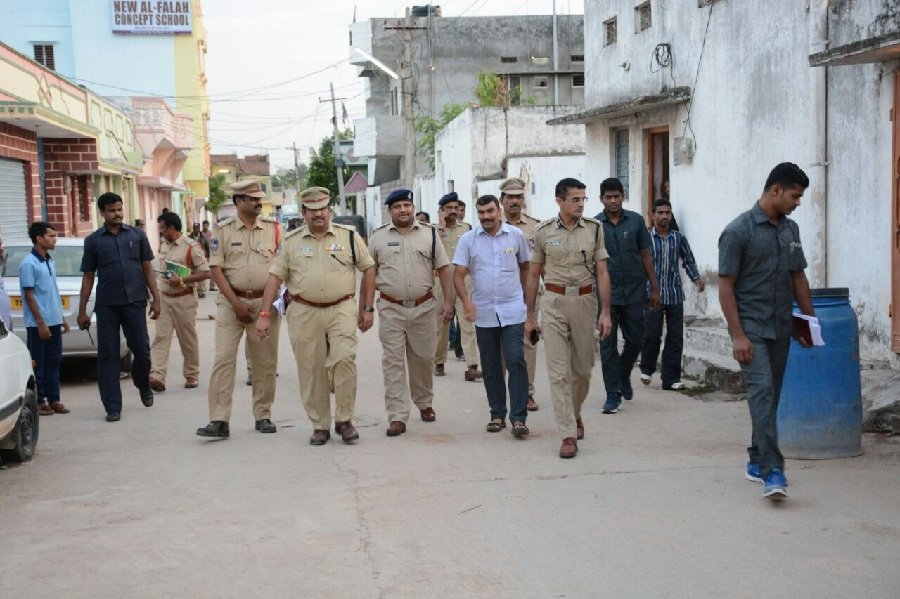 32 persons detained during search operation in Balanagar