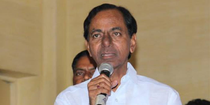 KCR congratulates ISRO scientists