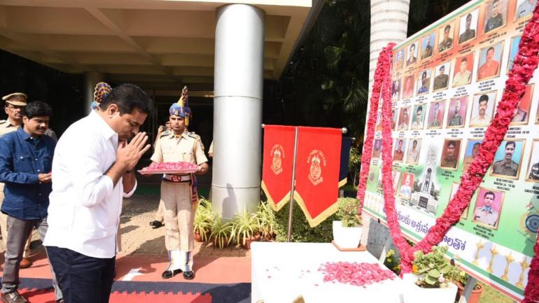 KTR pays tributes to Pulwama martyrs