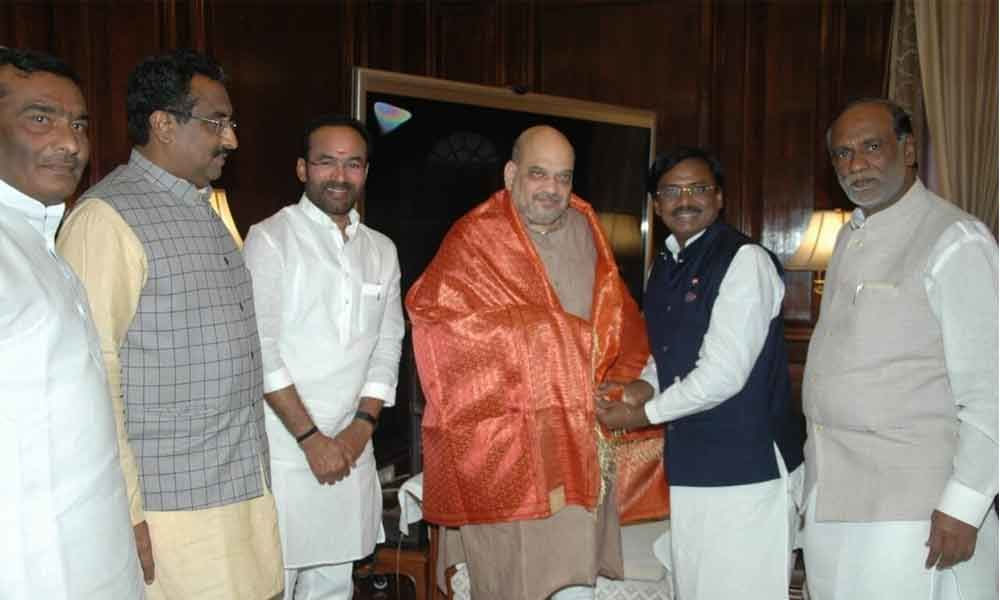 Former MP Vivek joins BJP